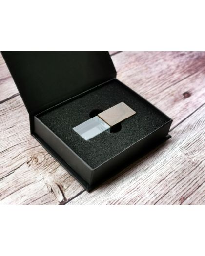 Wooden crystal usb 32GB with presentation box for photographers, wedding favour, wedding gift, Save the date memory storage photography packaging
